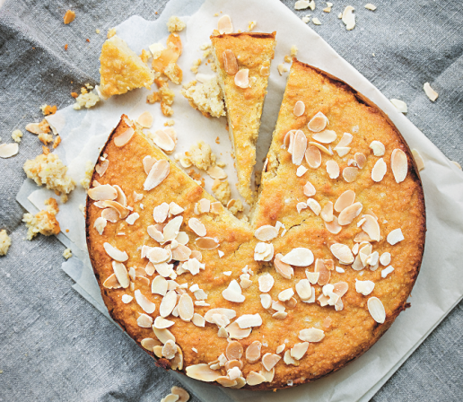 <p>Learn to make this gluten- and sugar-free cake!</p>