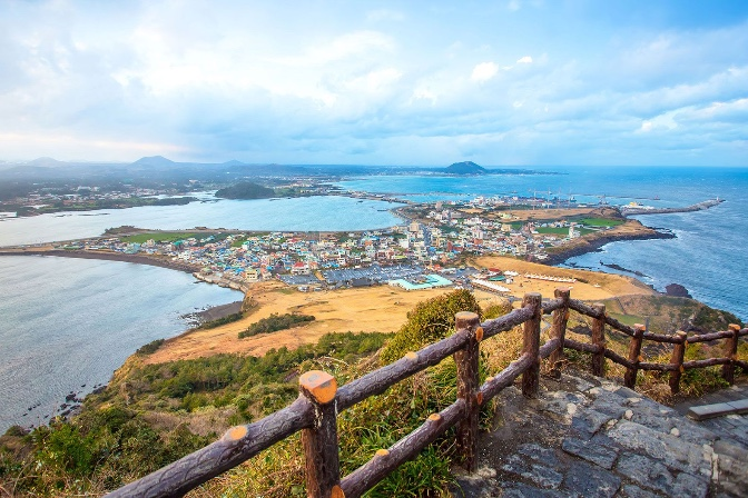 7 Spots On Jeju Island, South Korea, That ALL Travel Lovers Must Visit