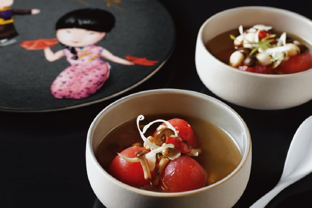 Yellow Pot, Six Senses, Double boiled chicken soup with shimeji stuffed tomatoes, sustainable dining restaurants, Singapore, food