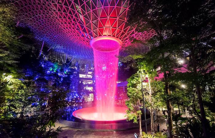 what to do in singapore at night