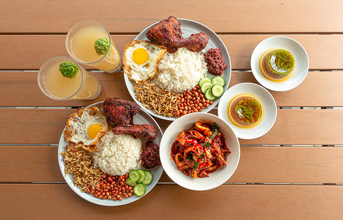 Nasi Lemak at The Coconut Club, a good place to eat gret Malaysian food in SIngapore