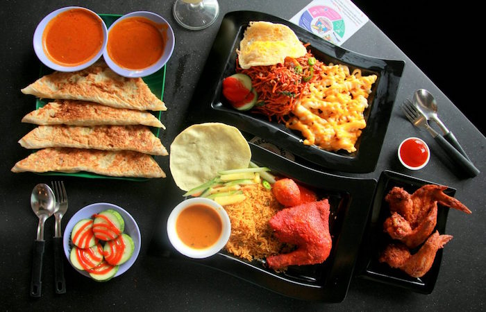 Sri Sun Express menu is huge, with many halal food options and 40 different prata