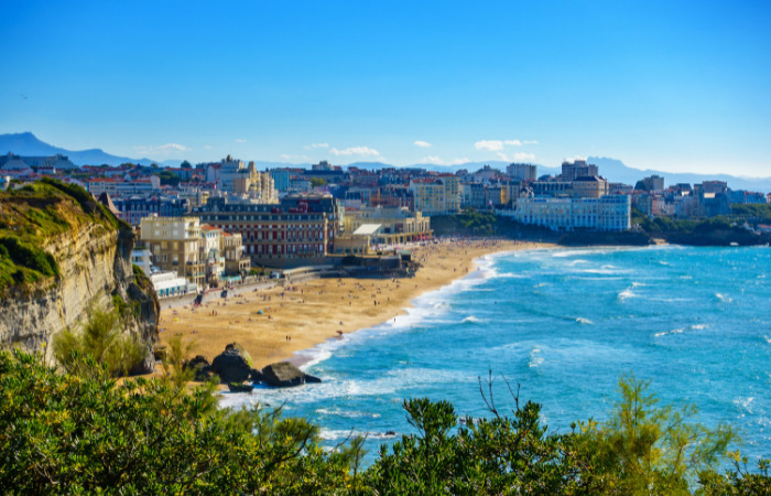 best places to surf biarritz france