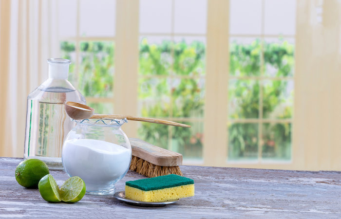 hoem made cleaning solution of lime juice and baking soda