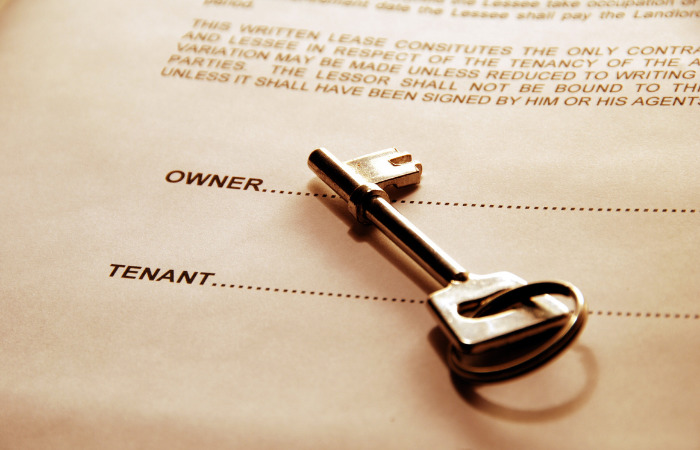 housing agreement with key